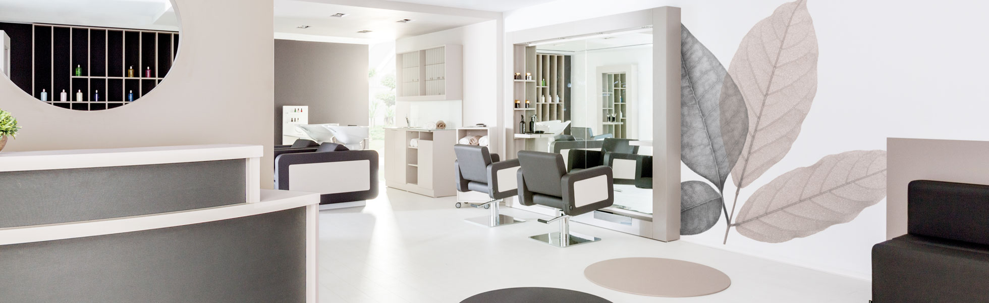 PAHI Blue Hairdressing Space